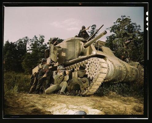 tanque de guerra em batalha
