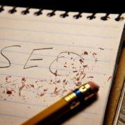 Borracha apaga texto Seo escrito com lápis